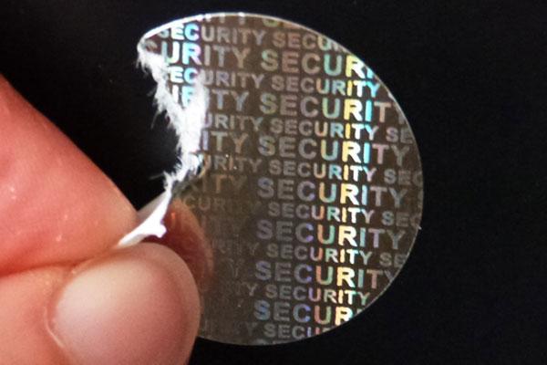 silber glänzendes hologrammpapier