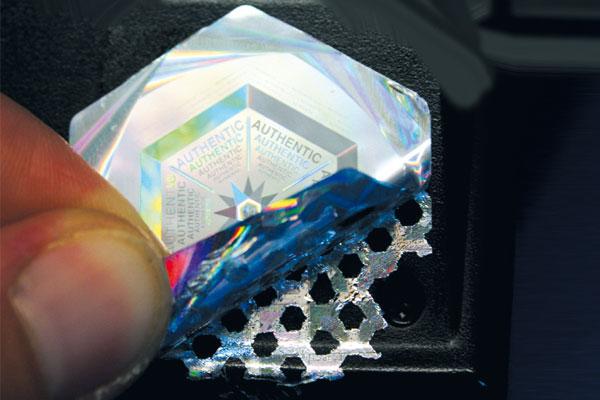 Sicherheitsklebetechnik mit Hologrammen