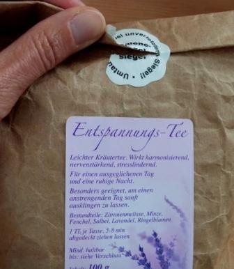 Tee-Etiketten mit Frischesiegel