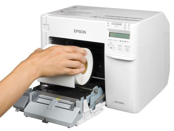 Blanko Etiketten auf Rolle für Inkjetdruckerer