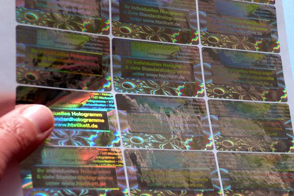 Hologramme mit Text und Logo