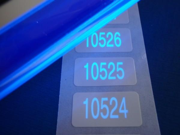 Nummerierte Etiketten - PE-Folie, weiß-glänzend mit Lumineszenzdruck